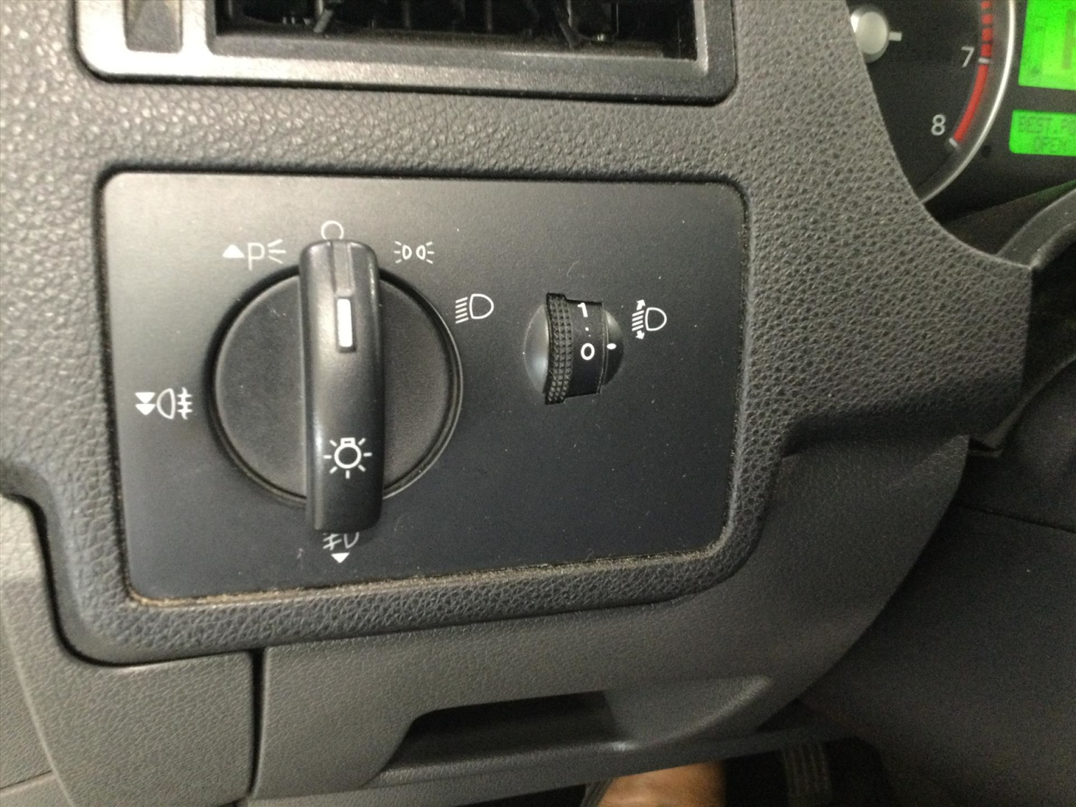 Ford-Focus C-MAX-13
