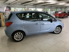 Opel-Meriva-4