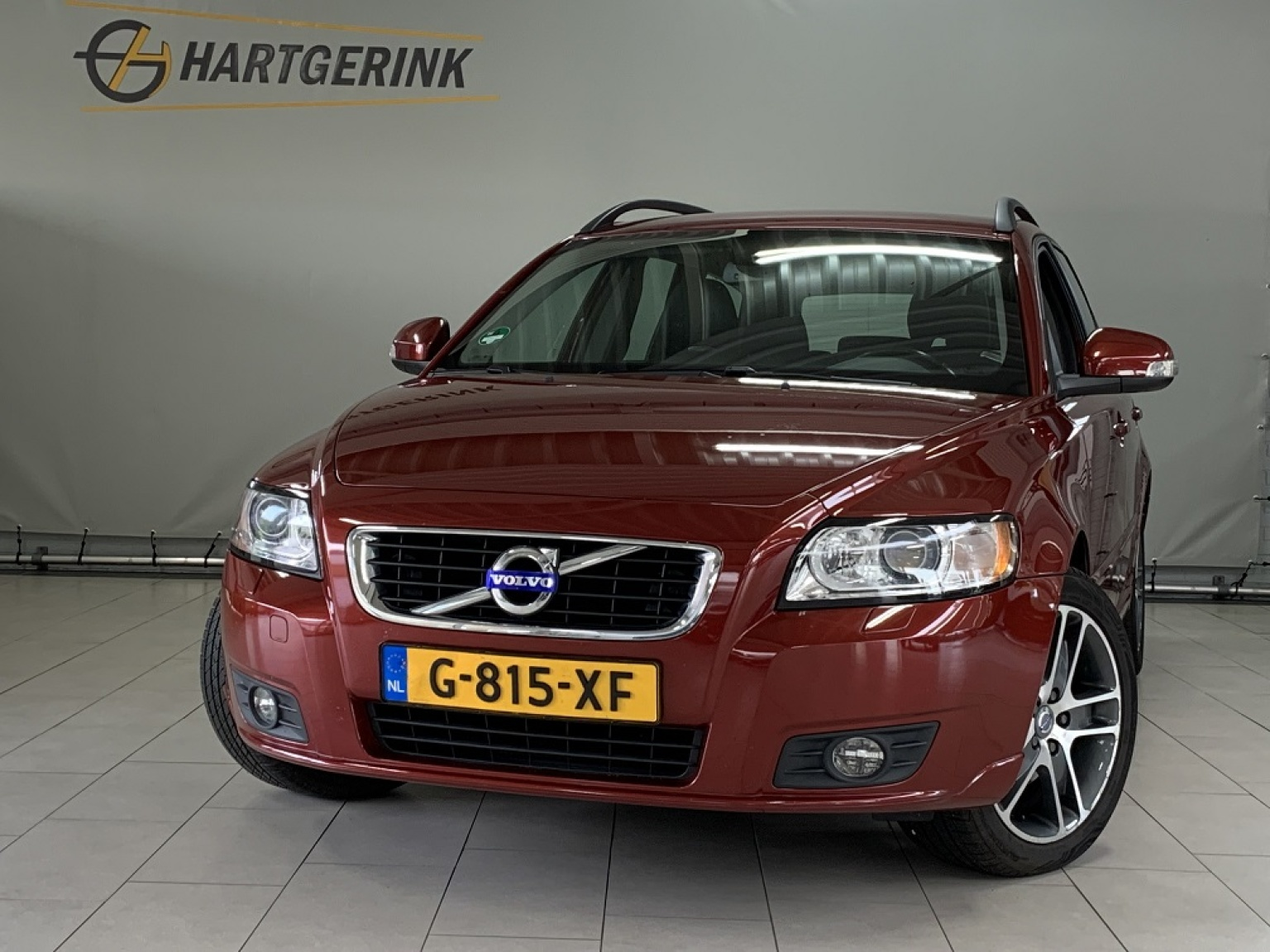 Volvo-V50-0