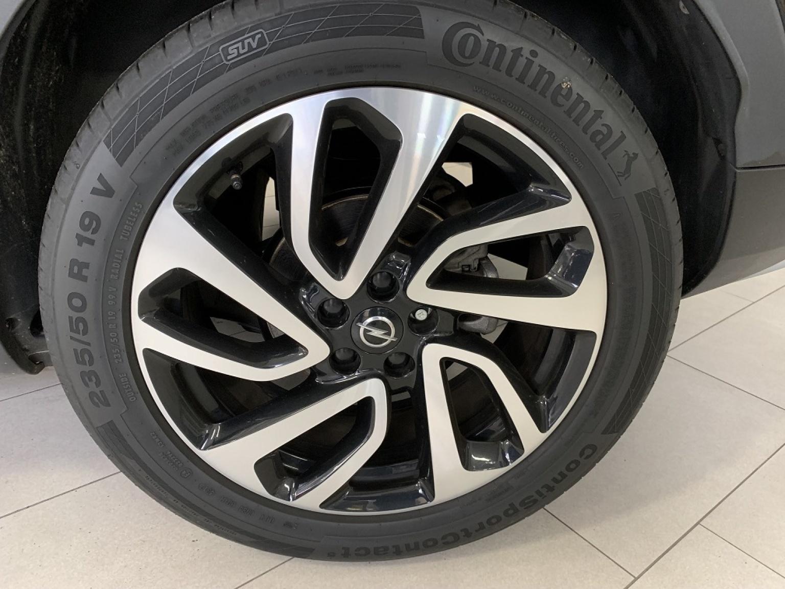 Opel-Grandland X-9