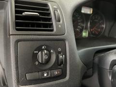 Volvo-V50-13